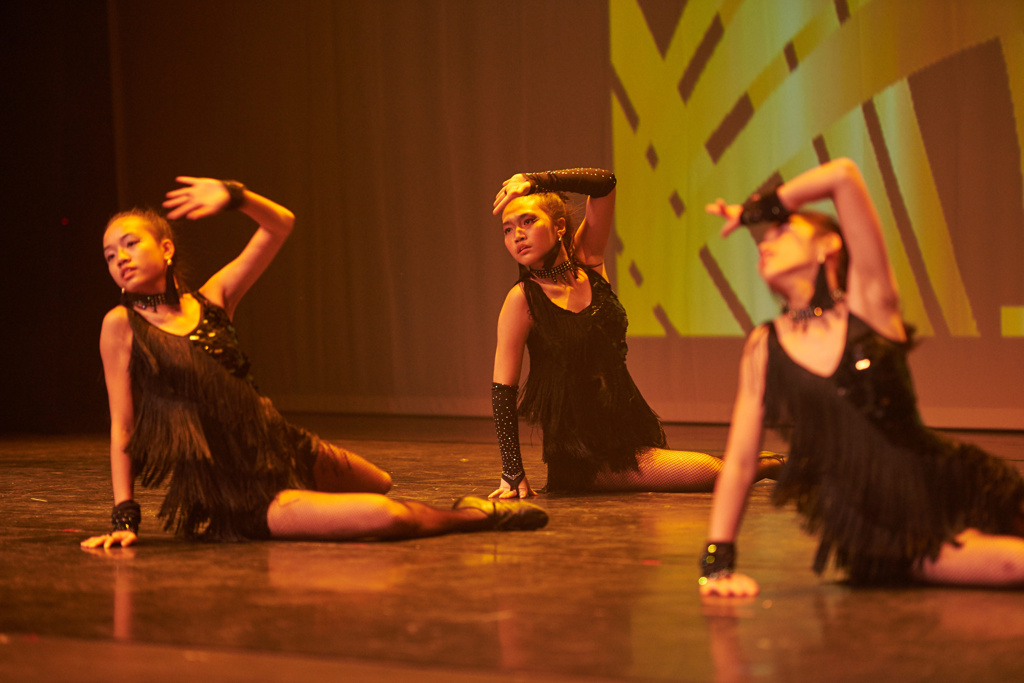 teen dance performances 1